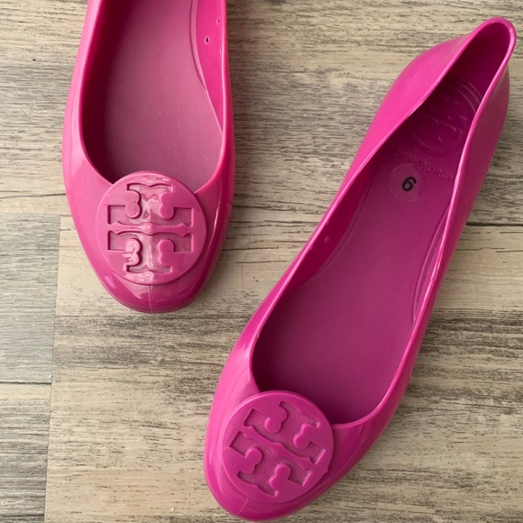 465d0e32d Tory Burch Reva Jelly Flats Fuschia Magenta Pink